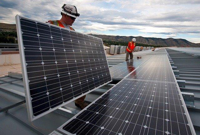 Emprender proyectos solares en el extranjero - Energías renovables